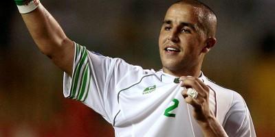 Madjid Bougherra  apprécie Bensebaini