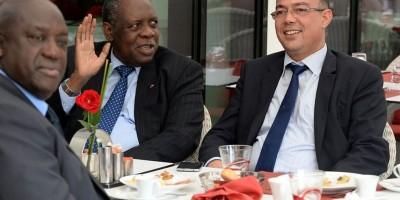 Issa Hayatou en compagnie du président de la FRMF