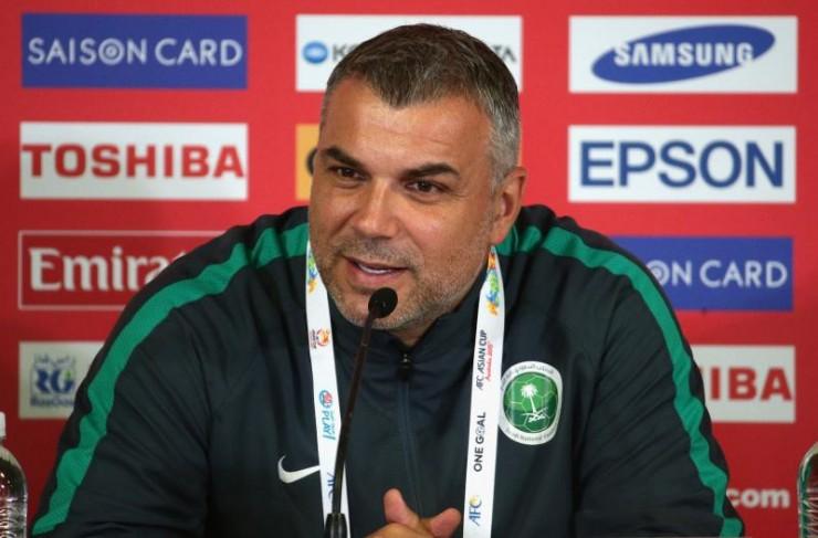 Cosmin Olaroiu, sélectionneur saoudien en Australie   @AFC media channel