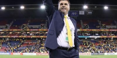 Ange Postecoglou a conduit les Socceroos en finale de l'Asian Cup   @AFC media channel
