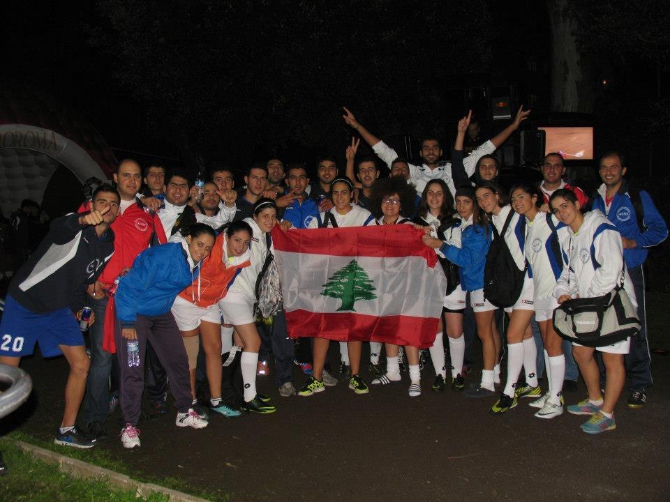 Avec l'équipe universitaire de Beyrouth  en tournée à Rome, Italie Photo: Najib Haiby