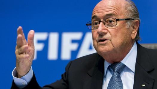 FIFA: Blatter se rebiffe et vise Infantino