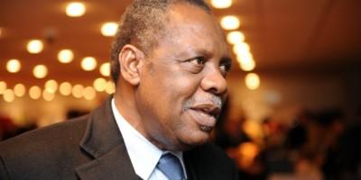 Après 29 ans de règne à la tête de la CAF , Issa Hayatou a été battu par Ahmad Ahmad