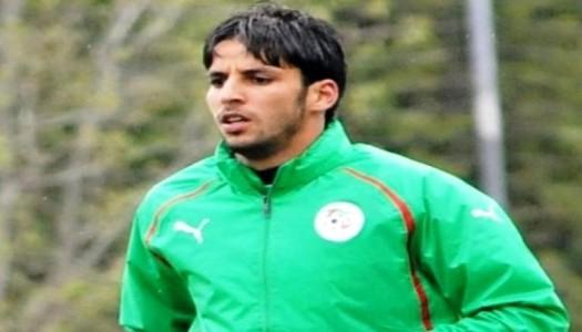 USM Alger: Zemmamouche rempile