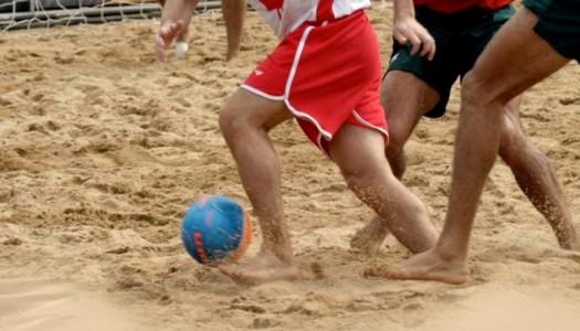 Algérie : Belloumi a formé une équipe de beach soccer