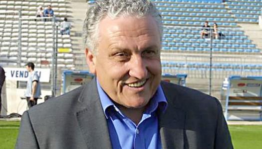 MC Alger : Nouzaret au secours d' Artur Jorge