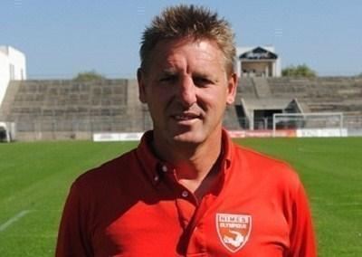 Nimes J.F. Pien remplace Reuzeau au Paris SG