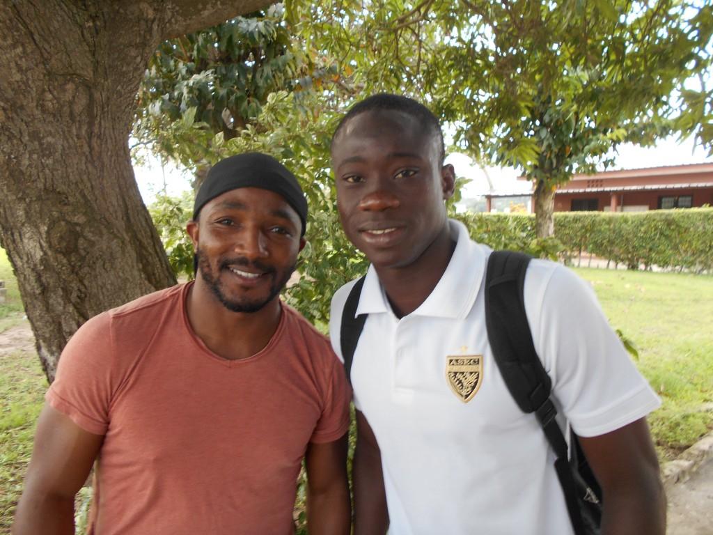 Le buteur Youssef Dao en compagnie de Baky Koné