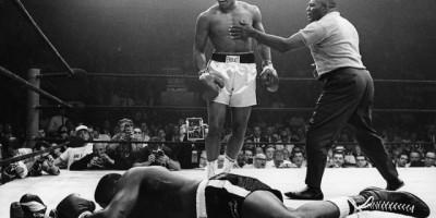 Mohamed Ali vainqueur par KO de Sonny Liston en 1964