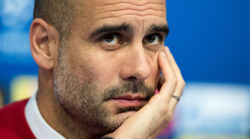 Pep Guardiola a longtemps désiré Mahrez et a fini par le recruter  pour 67 millions d'euros