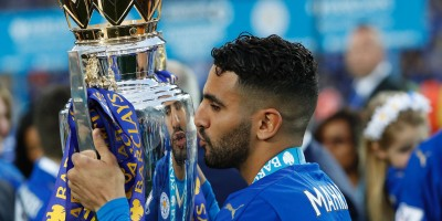 Riyad Mahrez, champion d'Angleterre avec Leicester