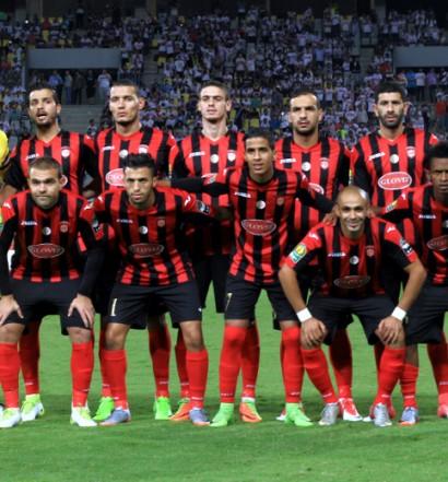 l'USM Alger  s'est qualifiée avec panache face u CAPS Utd (photo cafonline.com)