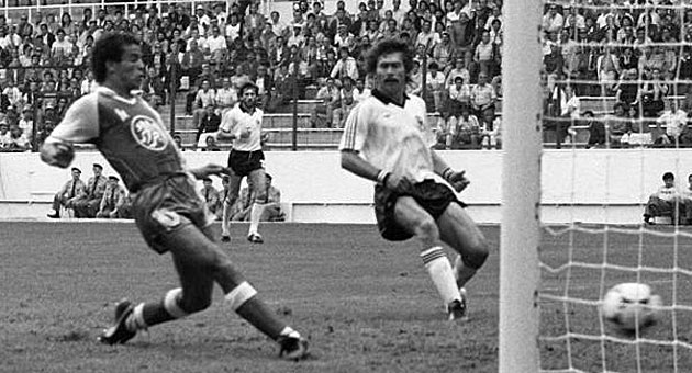 L'action du but de la victoire   face à la Mannshaft en 1982