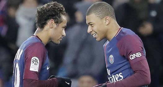 Paris SG: Emery croit en Neymar et Mbappé