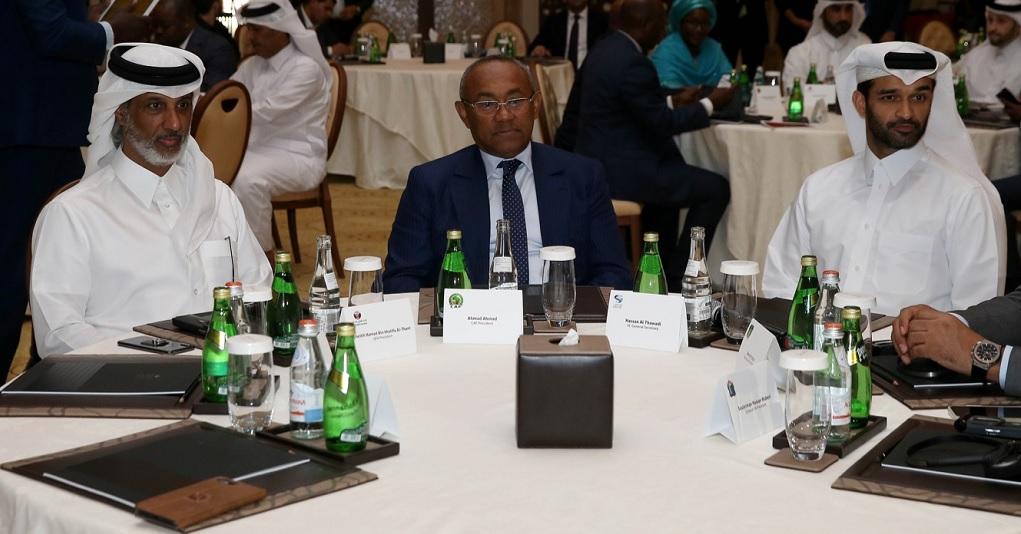 Ahmad Ahmad  reçu  au siège de la QF par le président  Sheikh Hamad bin Khalifa bin Ahmed Al Thani  (photo qfa.qa)