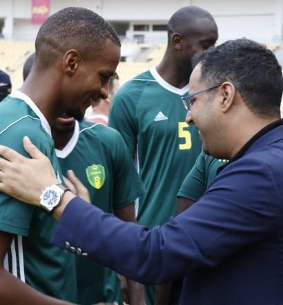 Ahmed Yahya, un président toujours près de ses hommes (photo ffrim.com )