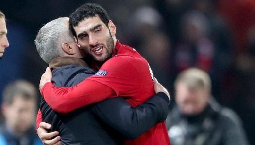 Mourinho-Fellaini : c'est presque l'amour fou
