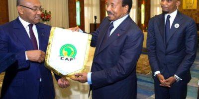 Ahmad Ahmad reçu par les président du Cameroun , Paul Biya, en octobre 2018