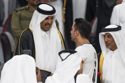 Xavi reçu à Doha  en grande pompe