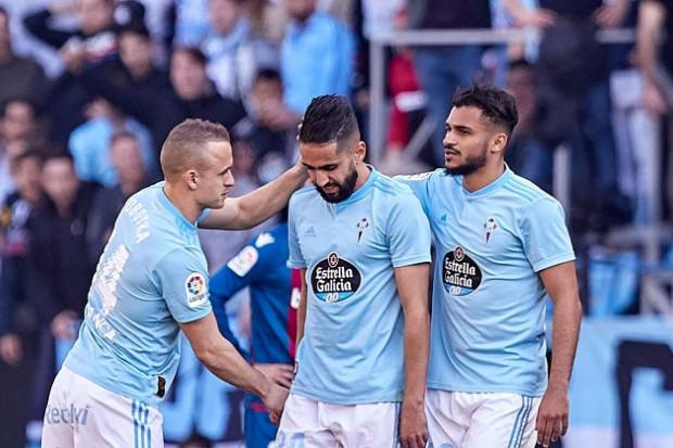 Ryad Boudebouz, buteur contre le FC Barcelone