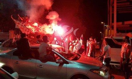 Les Belouizdadis ont fêté leur victoire dans les rues d'Alger