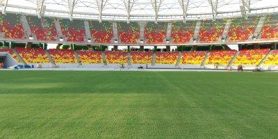 Stade Japoma en construction (Cameroun)