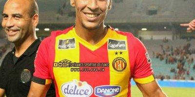 Abderaouf Benguit : c'est grâce au doublé de l'attaquant international algérien que s'est qualifiée l'Espérance de Tunis
