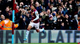 Mahmoud Hassan Trezeguet (  photo page facebook Aston Villa)