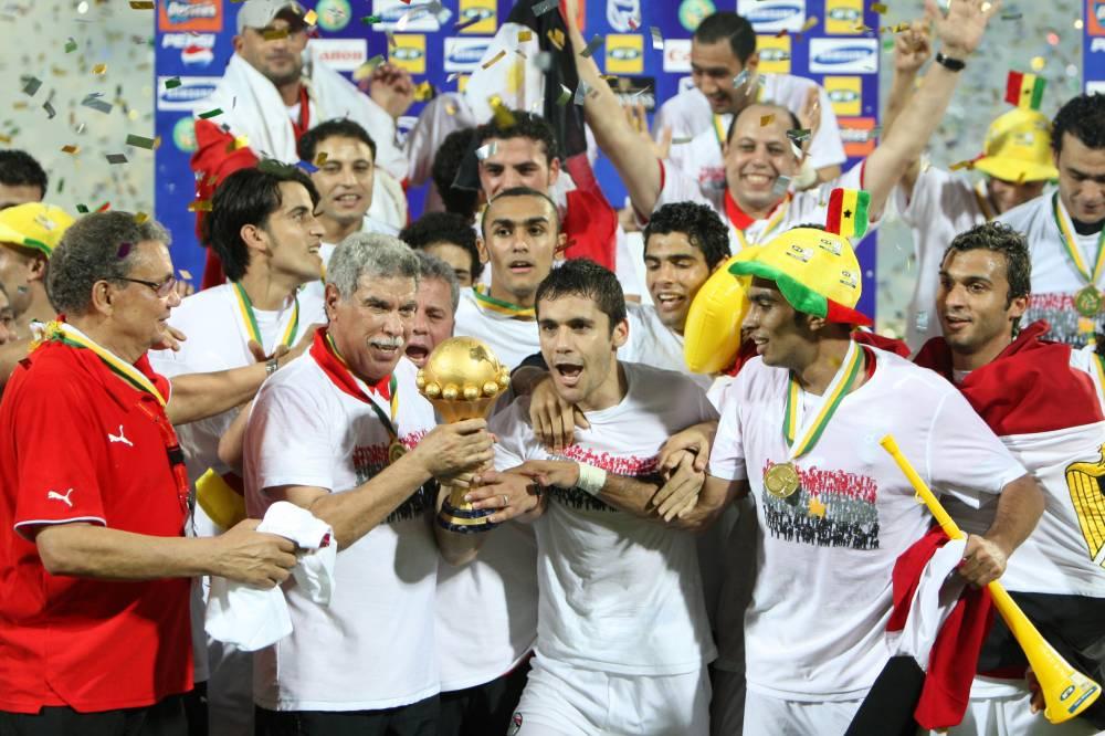 Le Maalem a remporté trois Coupes d'Afrique des nations  en tant que sélectionneur de l'Egypte