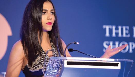 Confinée au Caire, Sarah Essam garde la pêche