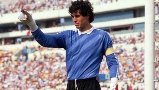 Gardiens du football arabe : Badou Zaki  (7/12)
