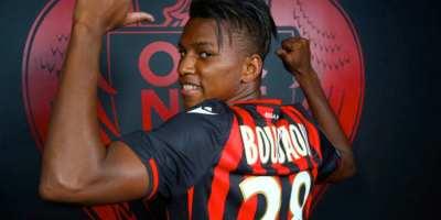 Hicham Boudaoui , un des joueurs algériens arrivé en Ligue 1  française récemment