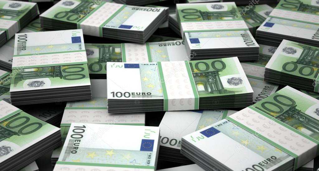 depositphotos_14149793-stock-photo-billion-euros