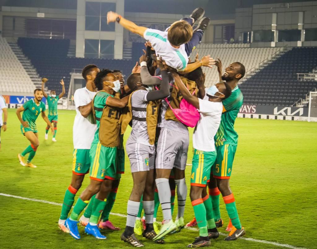 Le bonheur des Mourabitounes qui disputeront la pahse finale de la Coupe arabe des nations 2021( photo oage fzcebook ffrim)