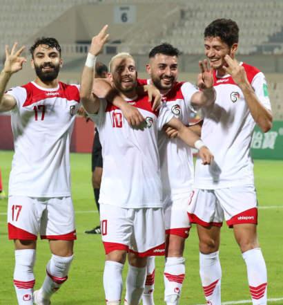 Mondial 2022 = La Syrie dirigée par  Nabil Maaloul pousuit son cavaliee seul ( photo afc.com)
